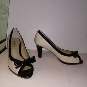 New Liz Claiborne Fern Linen & Patent Heel 7.5 US